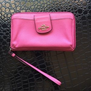 Coach wallet pink